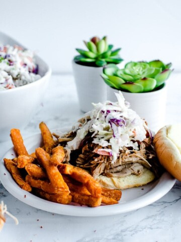 The Best Pulled Pork Recipe by popular Los Angeles foodie blog Oh So Delicioso