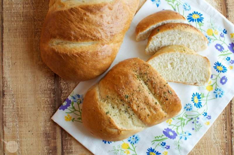 Easy French Bread | Oh So Delicioso
