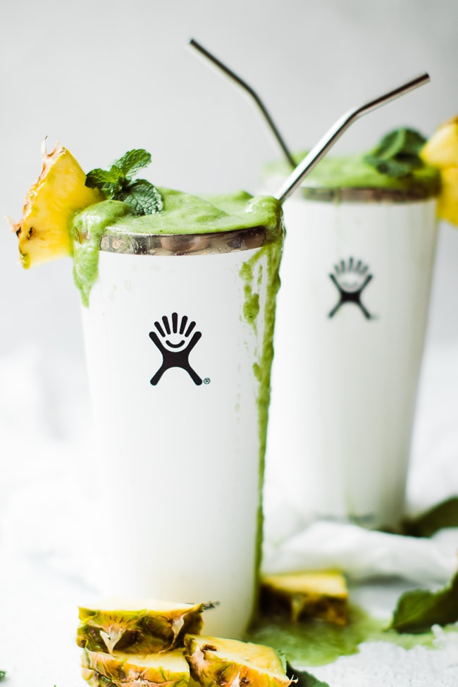 green smoothies in tumbler