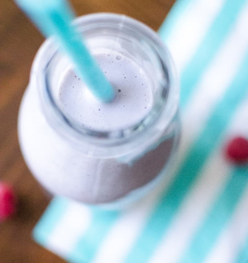 My Story + a pear raspberry mommi smoothie