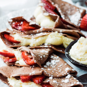 chocolate crepes with filling