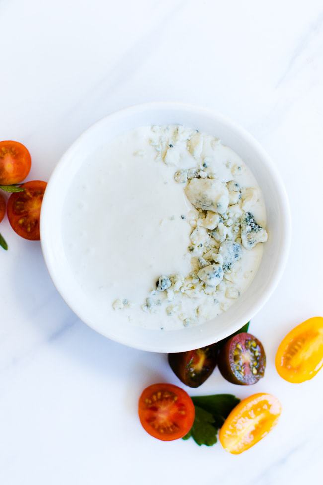 blue cheese dressing smooth in a bowl