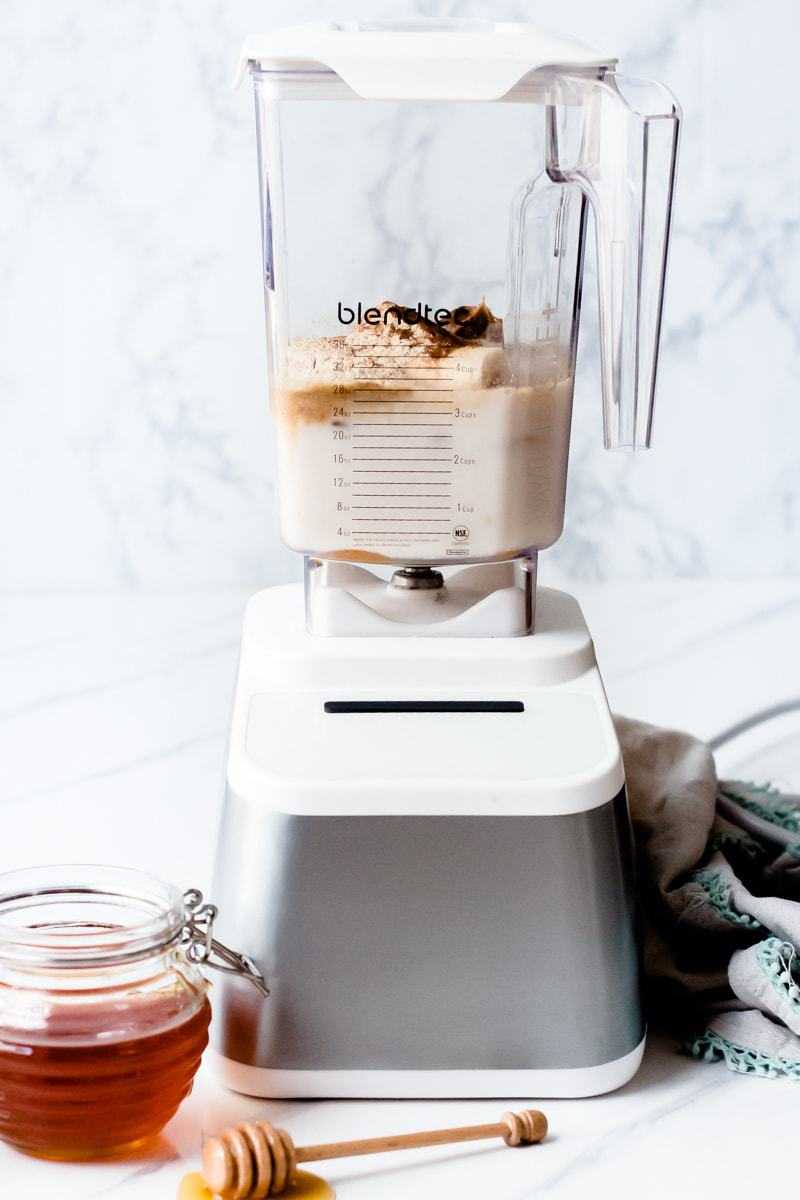 Snickerdoodle Protein Shake by popular Los Angeles foodie blog Oh So Delicioso