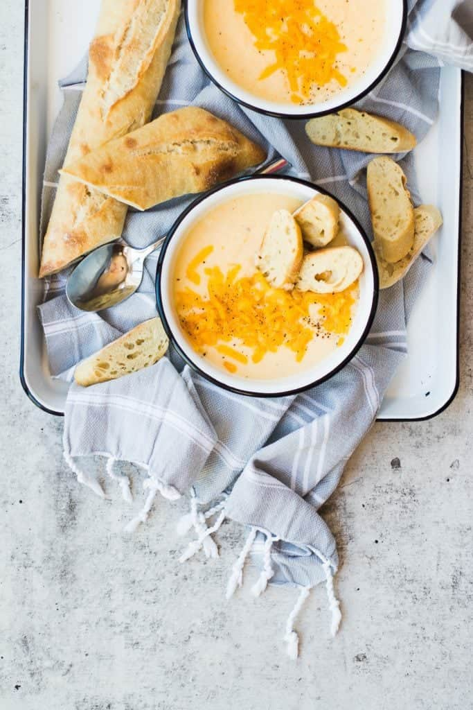 Creamy Cheddar Cauliflower Soup