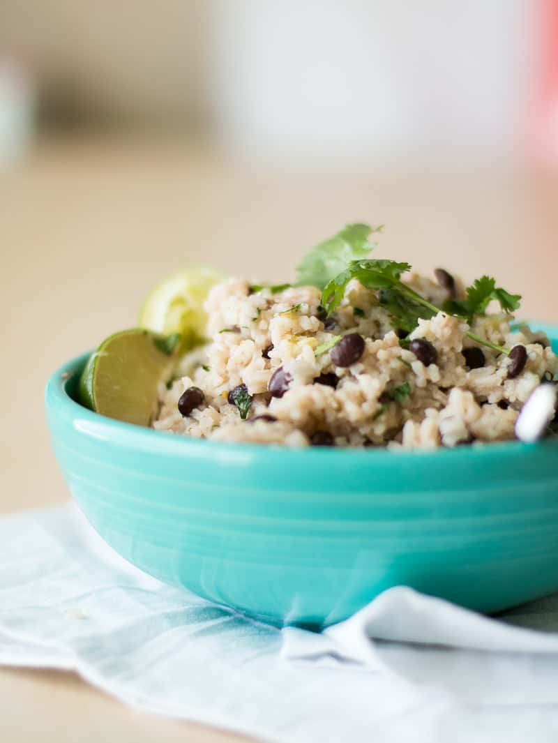 Pressure Cooker Black Beans and Rice | how to make black beans in a pressure cooker | pressure cooker rice recipes | pressure cooker side dishes | homemade rice and beans recipe | how to make rice and beans | easy side dish recipes | recipes using rice and beans || Oh So Delicioso