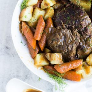 Pressure Cooker {Frozen} Roast Beef and Potatoes | pressure cooker roast beef recipes | how to make roast beef in a pressure cooker | pressure cooker meal ideas | pressure cooker dinner recipes | pot roast recipes | homemade roast beef recipes | how to make homemade roast beef and potatoes | hearty dinner recipes | quick dinner recipes || Oh So Delicioso