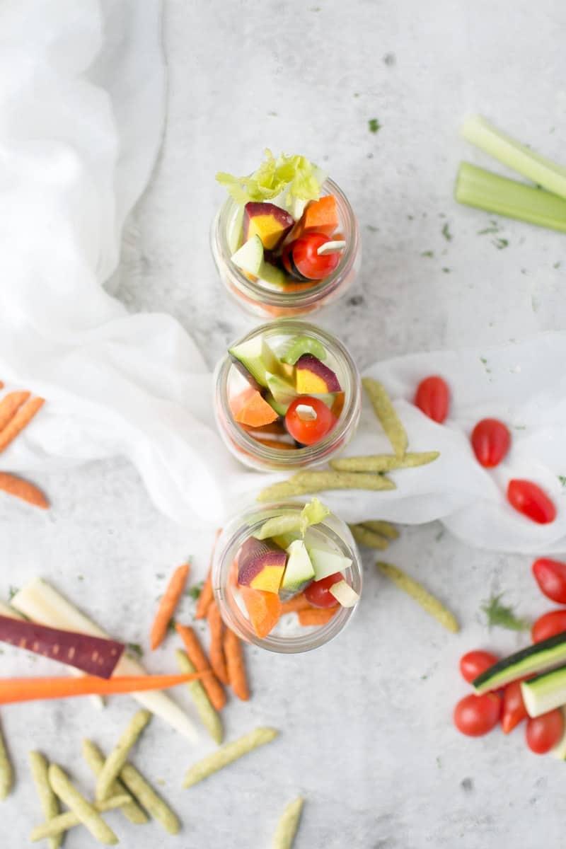 Homemade Dill Dip | easy dip recipes | homemade dip recipes | dip recipes for vegetables | vegetable dip recipes | recipes using dill | summer dip recipes | dill dip recipe | how to make dill dip || Oh So Delicioso