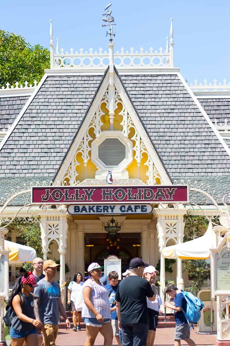 Disneyland Family Dining Guide