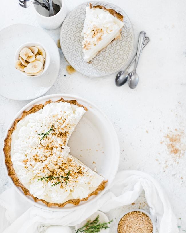 An overhead shot of banana cream pie.