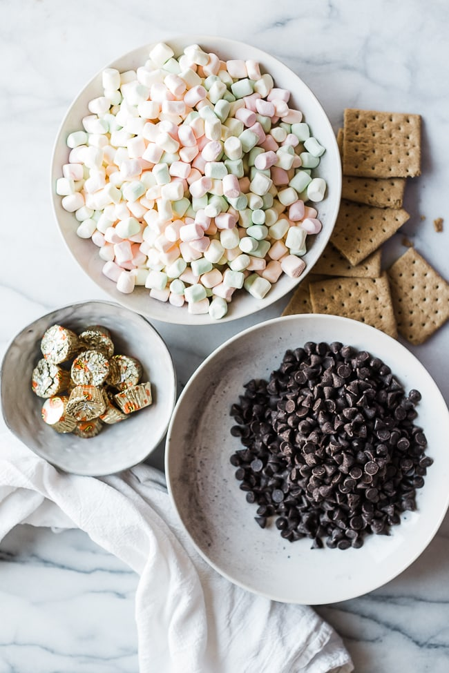 Ingredients needed for skillet s'mores.