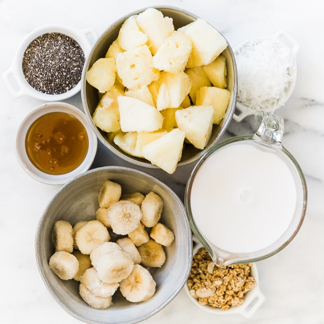 Ingredients needed to make Pineapple smoothie bowls