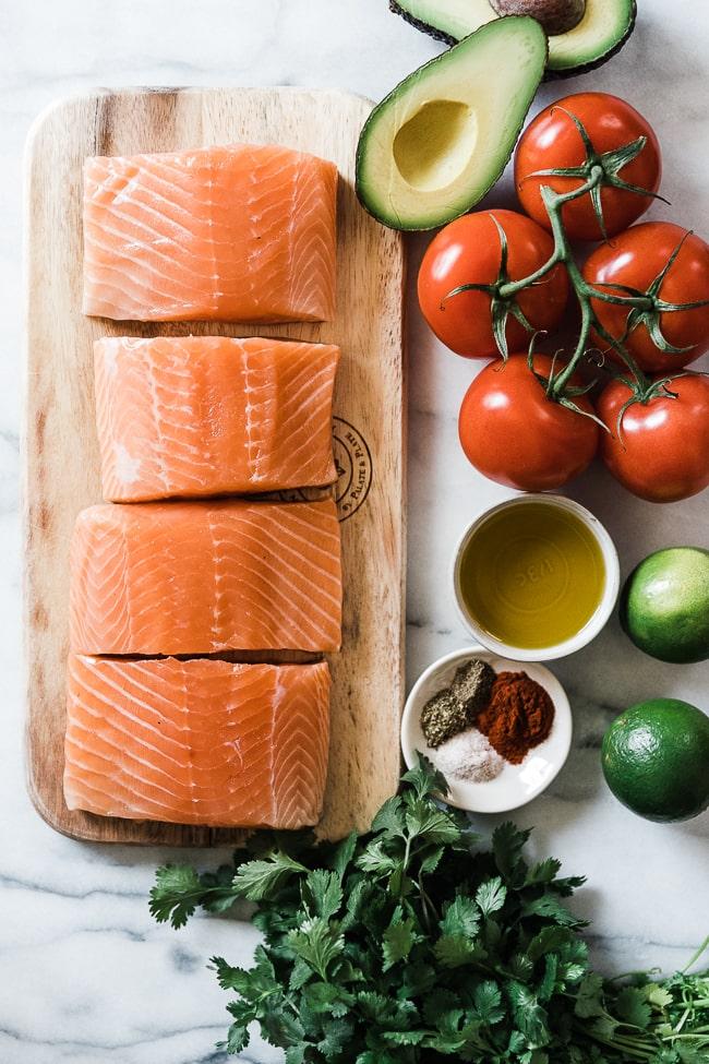 Ingredients needed to make avocado salmon.